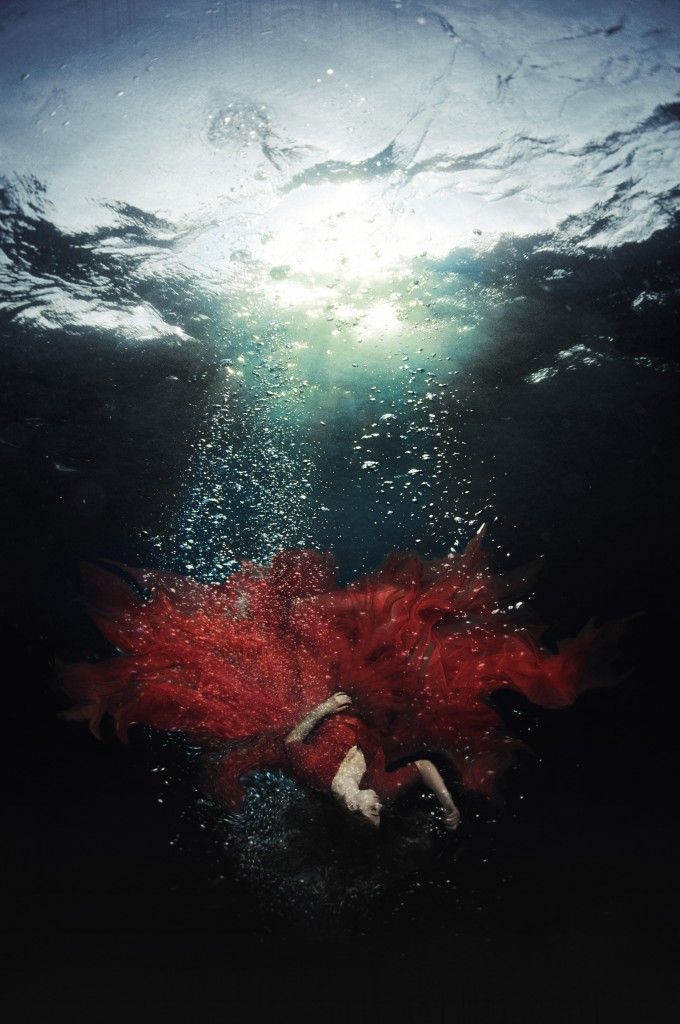 Drowning-Heartbreak-Michelle-Cuello-Photography-